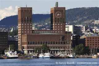 Kreuzfahrten: Innovation Norge Oslo Rathaus