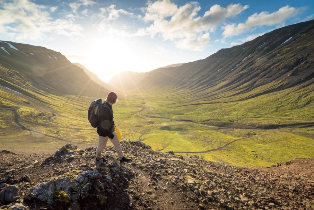 Aktivreisen: hiking haukur sigurdsson visiticeland com
