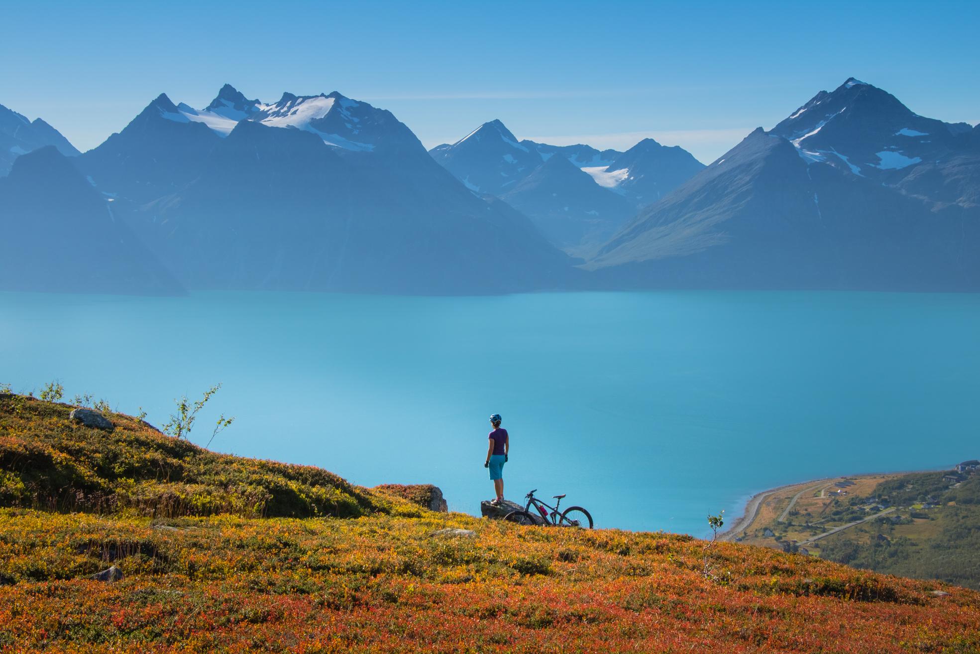 Aktivreisen: lyngenalpen anna rieblova  visit lyngenfjord com