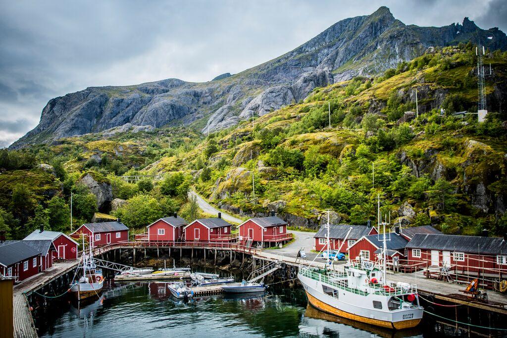 Aktivreisen: nusfjord lofoten thomas rasmus skaug visitnorway com
