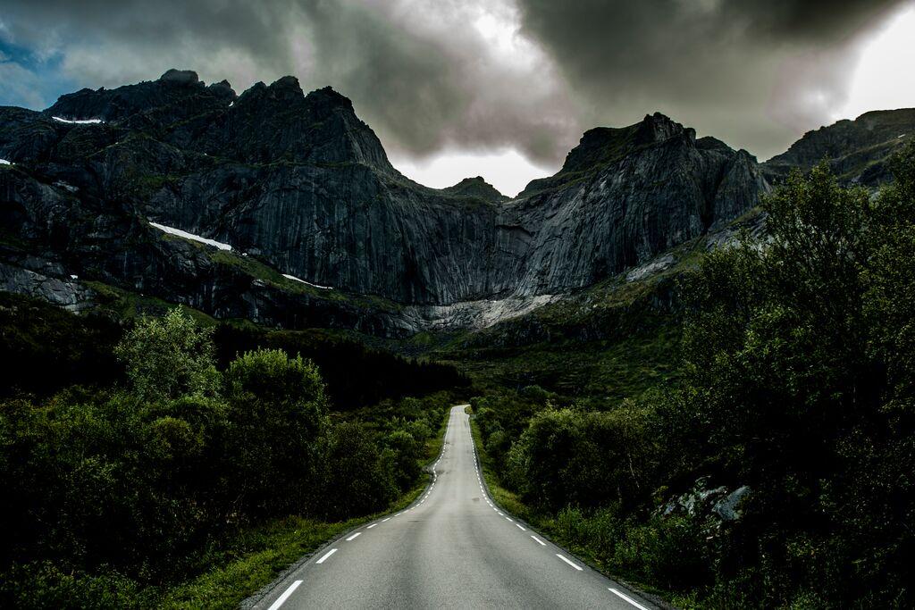 Aktivreisen: weg zum nusfjord thomas rasmus skaug visitnorway com