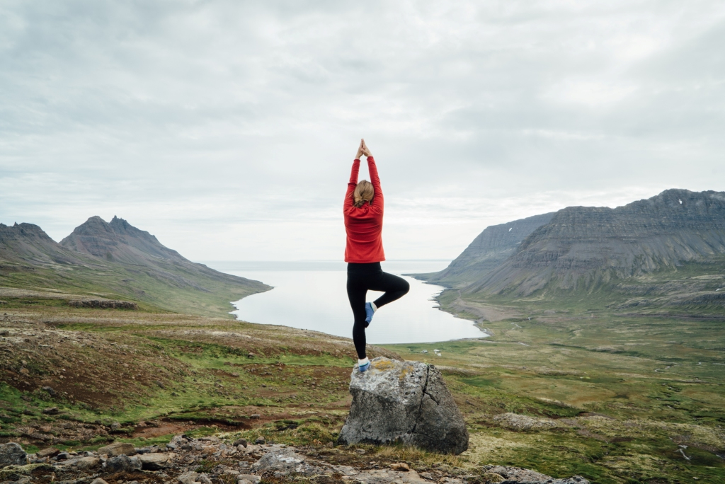 Rundreisen: yoga haukur sigurdsson visiticeland com