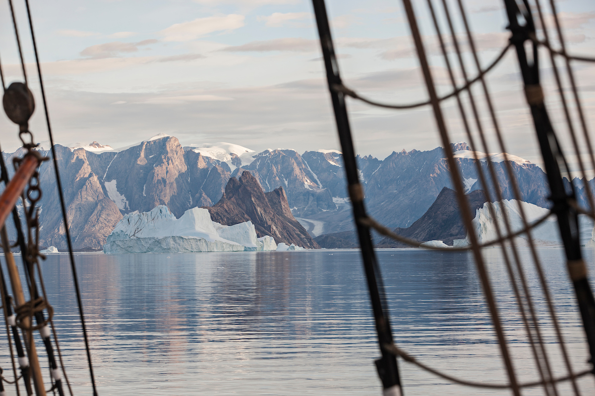 Expeditionen: kangertittivaq per arnesen visitgreenland com