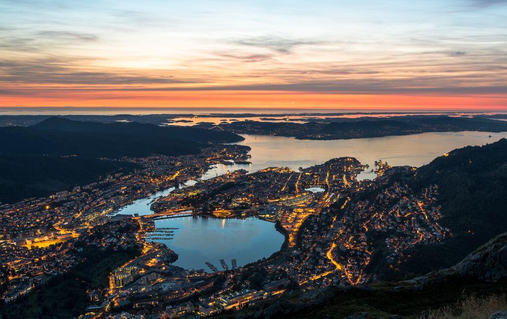 Hurtigruten - Havila: bergen tomasz furmanek visitnorway com