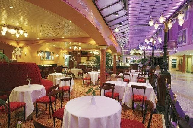 Kreuzfahrten: color fantasy promenaden cafe indav oy kimmo haekkinen color line