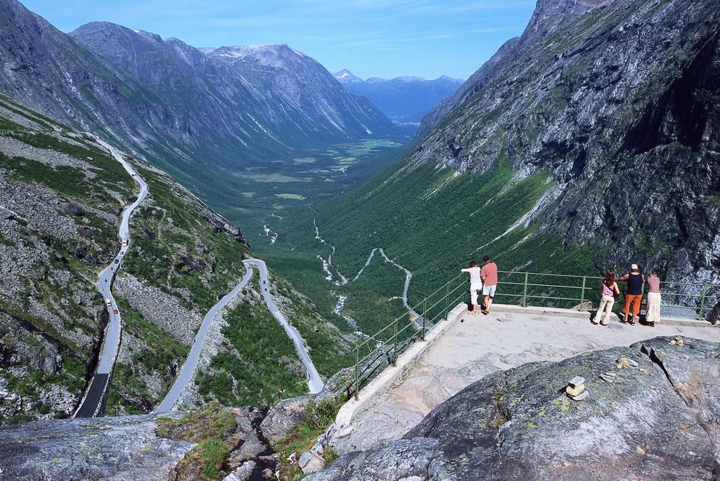 Rundreisen: trollstigenstrasse terje rakke fjordnorway