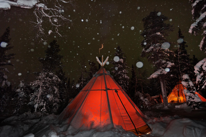 Skandinavien exklusiv: sapmi natur camp anna CBhlund visitsweden