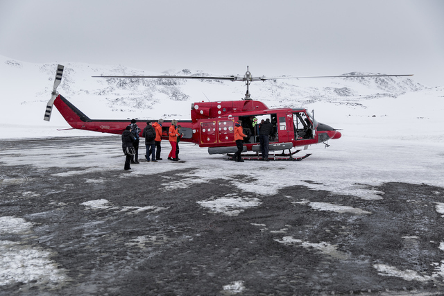 Winter: air greenland helicopter mady phil visit greenland