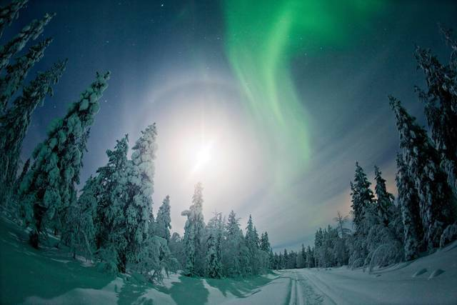 Winter: finland aurora mikka niemi flatlight films