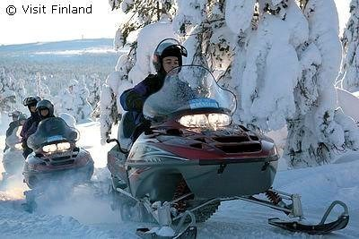 Winter: VisitFinland Snowmobil