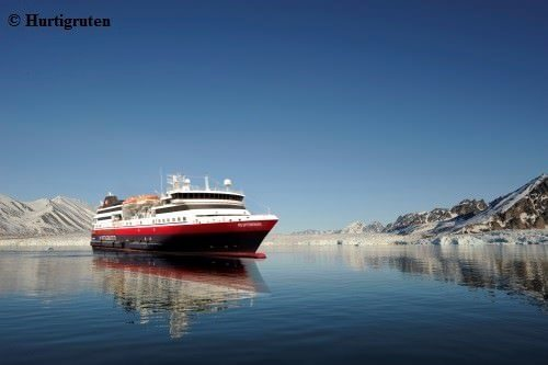 Hurtigruten: hr ms spitsbergen