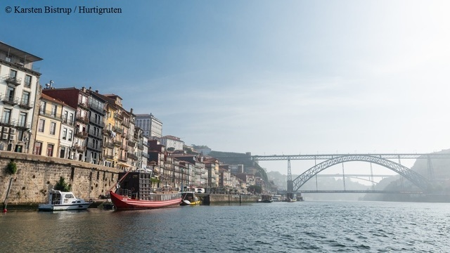 Hurtigruten: hr porto portugal