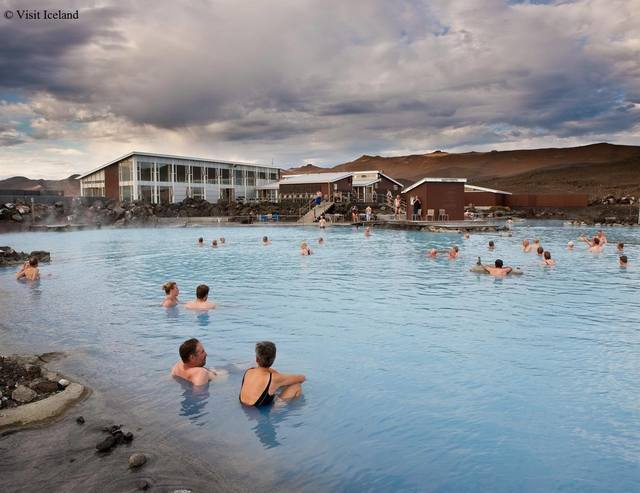 Winter: visiticeland myvatn nature bath
